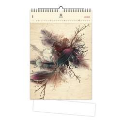 Nástěnný dřevěný kalendář 2020 - Feathers